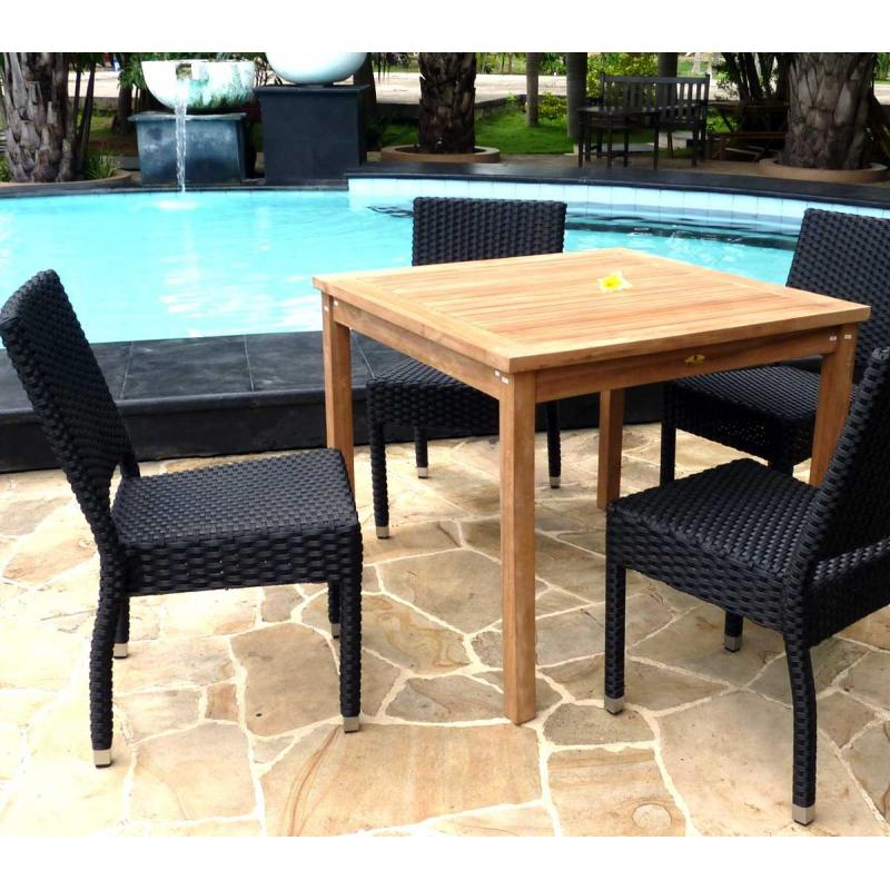 Salon de jardin 4 chaises r sine avec table carr e en teck for Chaise longue de jardin teck