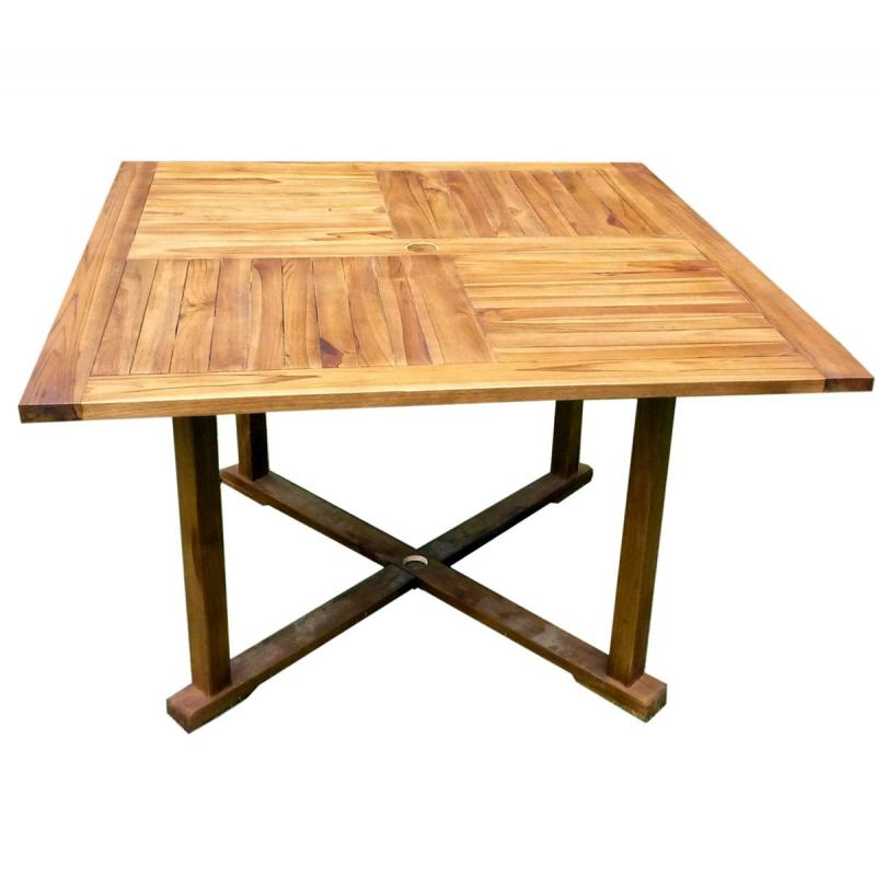 Table de jardin en teck huil table carr e 120 cm wood en stock for Table carree 120 cm