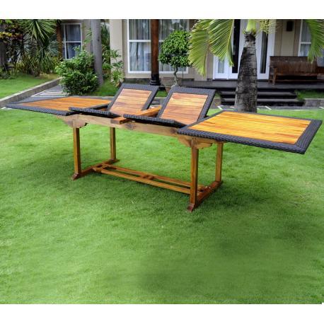 Table de jardin en teck et résine : modèle bornéo ratan